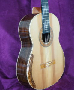 classical concert guitar of the luthier graham caldersmith availaible on our website www.concert-classical-guitar.com cedar table and indian rosewood back and sides, three quarter view