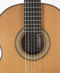 Michael O'Leary luthier classical guitar No 237 19OLE237-08