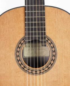 Luthier Kim Lissarrague concert lattice classical guitar